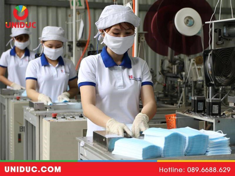 sản xuất khẩu trang y tế